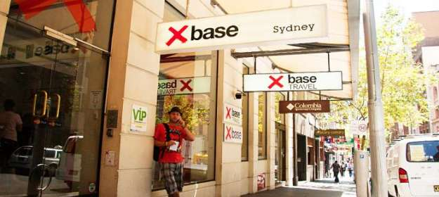 Base Sydney 4 stars Backpacker